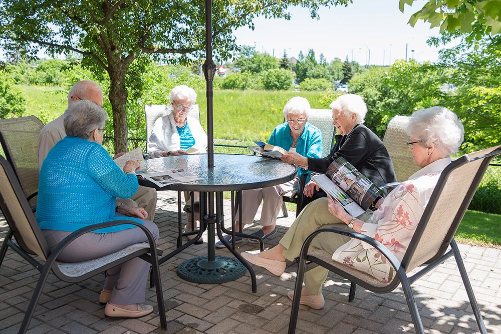 luxury retirement residence in Oakville, ON